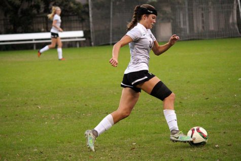Soccer heads into SPC after games against Kinkaid