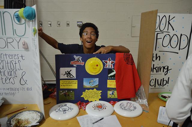Junior Jordan McLemore-Moon advertises Ultimate Frisbee Club.