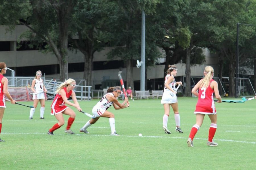 The Mavericks field hockey team plays a scrimmage at the Hockaday School round robin tournament.
