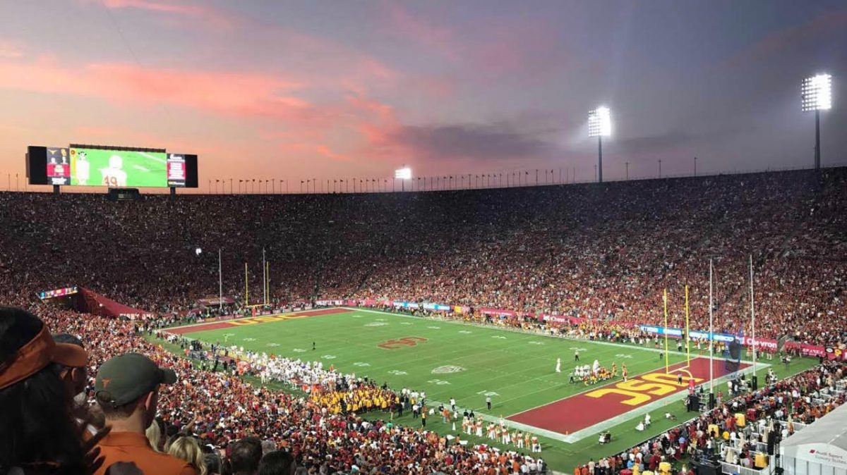 The+stadium+in+Los+Angeles+was+filled+with+Longhorns+and+Trojans.+