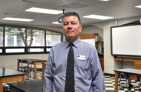 Class Act: Physics teacher Hans Infante