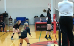 Girls' volleyball defeated in second close match with Episcopal