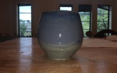 Students pursue interest in pottery