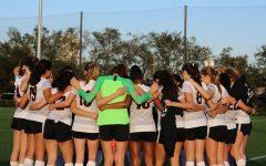 Girls' soccer celebrates Senior Night with 5-1 win over St. Stephen's