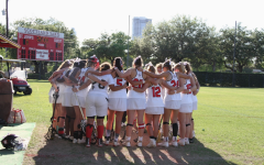 Girls' lacrosse defeats Lamar, honors the Kensingers