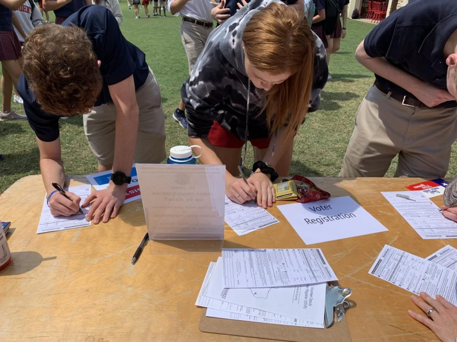 Students who are already 18, or who will be before Nov. 5 of this year, register to vote at Club Fair.