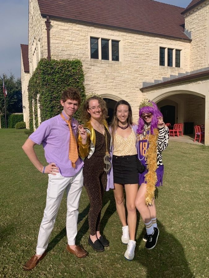 On Dress Like Kinkaid Day, girls typically go for cheetah and leopard print and all things shiny. Boys often dress like preppy frat boys.