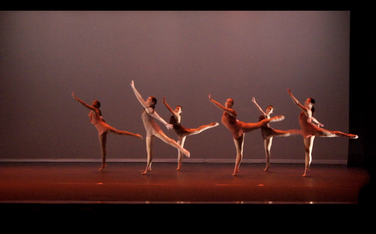 Behind the scenes: dancers prepare for choreography showcase