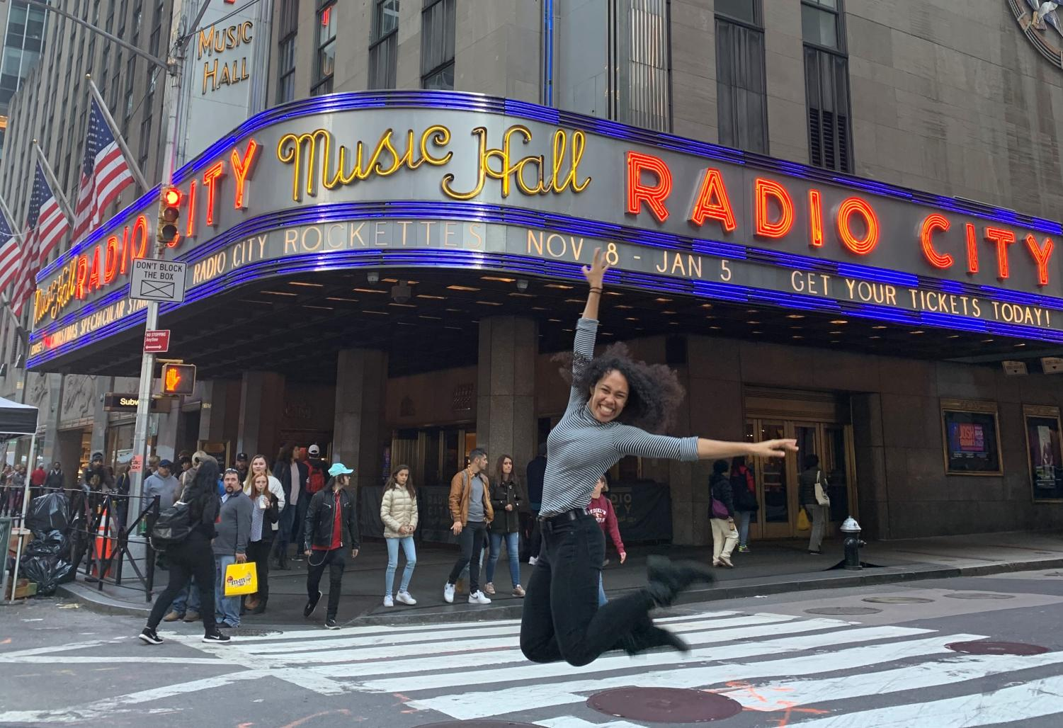 Isabel Wallace-Green ('15) performs in Radio City Christmas Spectacular