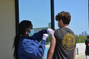 On April 1 and April 15, the School hosted a vaccine clinic for SJS community members ages 16 and older.