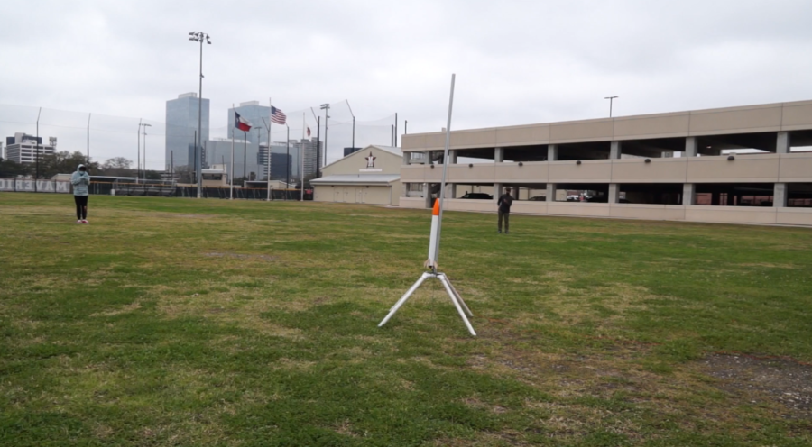 This year, six of the contestants are Mavericks, and their custom-designed, 3D-printed model rocket is stuffed with iceberg lettuce and a chicken egg.