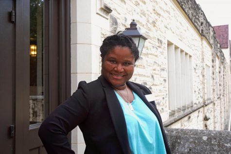 Tanya Cummings is a college counselor.